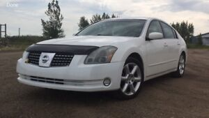 EXCELLENT '04 NISSAN MAXIMA SE -Must sell