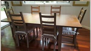 Solid timber extension table with 6 chairs. Hornsby Heights Hornsby Area Preview