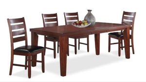 Dining set ( extendable table )