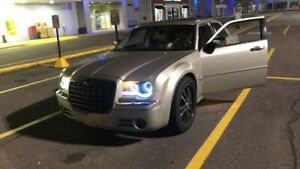Chrysler 300 5.7 hemi AWD