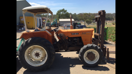 Tractor fiat cars vehicles gumtree australia free local fiat 540 4wd tractor front forks and slasher fandeluxe Gallery