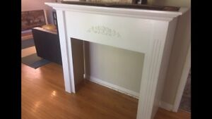 White wooden mantle
