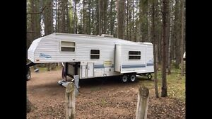 Fifth wheel with add a room