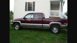 Selling my truck perfect condition GMC Sierra 1500