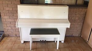 Piano - make an offer Kurrajong Hawkesbury Area Preview