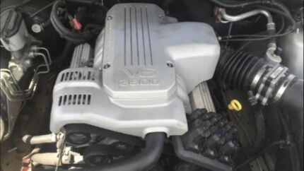 Holden Commodore v6 Engine 3.8 litre Ecotec Low km's with Warranty