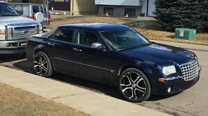 06 Chrysler 300C all-wheel-drive