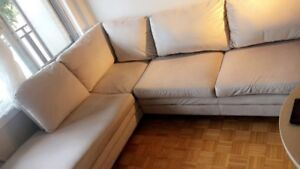 Sofa presque neuf à vendre/5months-old sectional sofa for sale