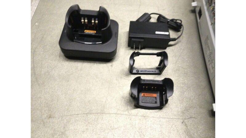 NEW MOTOROLA IMPRES 2 SMART Battery Charger SINGLE UNIT PMPN4135A  XTS