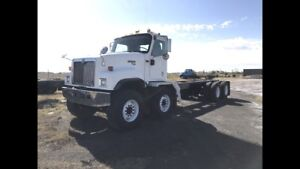 2000 International Paystar 5500i T/A T/A Cab and Chassis