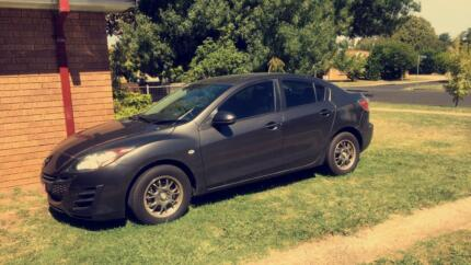 Mazda3 2010 very low Kms