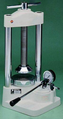 DENTAL LABORATORY HYDRAULIC PRESS MESTRA MADE IN SPAIN.
