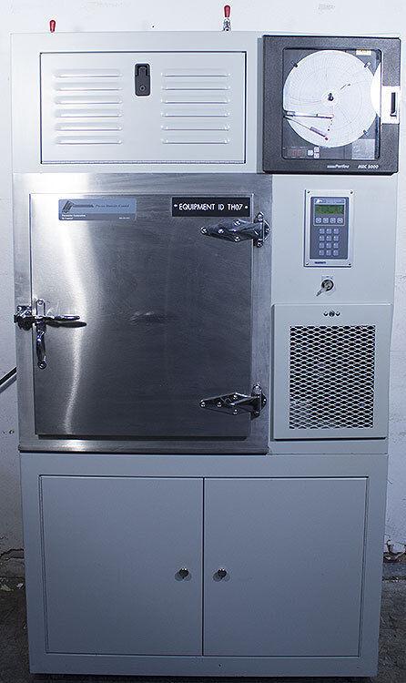 PGC Parameter Generation & Control 9141-1110/7041-3110 Calibration Test Chamber