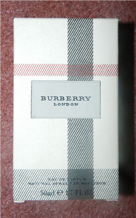 Burberry London Eau De Parfum Natural Spray Vaporisateur 50mls In