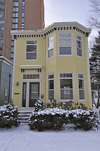 3 bdrm flat just off of Spring Garden Road, NOW JUST $2000.00!