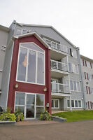 197 BUCKINGHAM AVE, RIVERVIEW..MUST SEE!...MATURE BUILDING!!!