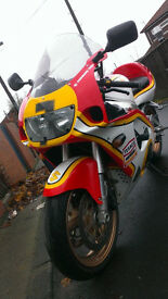 SUZUKI GSXR 750 INJECTION PERFECT BIKE MOT 06/17 GOES AND SOUNDS GREAT £1695 OVNO PX OR SWAP WHY?