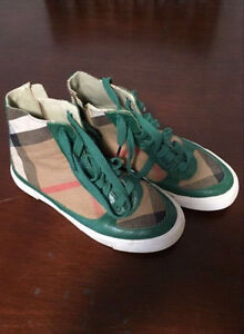 Boys Burberry Sneakers Size 6