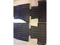 Audi Q5 Rubber Mats, Roof Bars & Boot Carpet