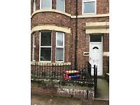 Fantastic 2 bedroom upper flat situated in Rodsley Avenue, Bensham, Gateshead
