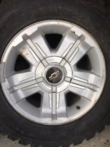 18 inch Chevrolet oem wheels and tires
