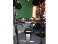 Alesis crimson electric mesh drum kit + Mapex double bass pedal and NEW sticks