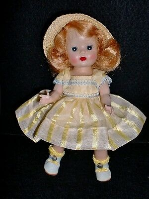 Gorgeous  1953 STRUNG MUFFIE - in #611 MARGIE Dress Up Styles