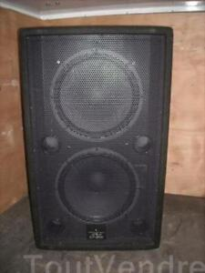 1 bassbin waferdale pro evp series 1600 w crossover and amp