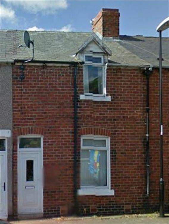 IMMACULATED 2 BEDROOMED TERRACE IN THE POPULAR BALFOUR STREET, HOUGHTON LE SPRING