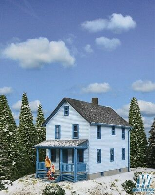 Scale Two Story House - 3786 Walthers Cornerstone Two-Story Frame House Kit HO Scale