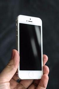 iPhone 5 64 GB Unlocked-- Buy from Canada's biggest iPhone resell