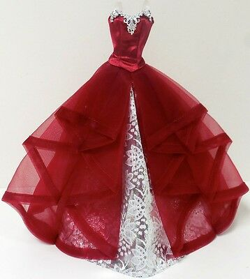 2015 HOLIDAY BARBIE DOLL ~ GORGEOUS RED & SILVER DRESS FOR MODEL MUSE BODY