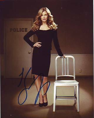 Kyra Sedgwick Signed Autographed 8X10 The Closer Brenda Leigh Johnson Photograph