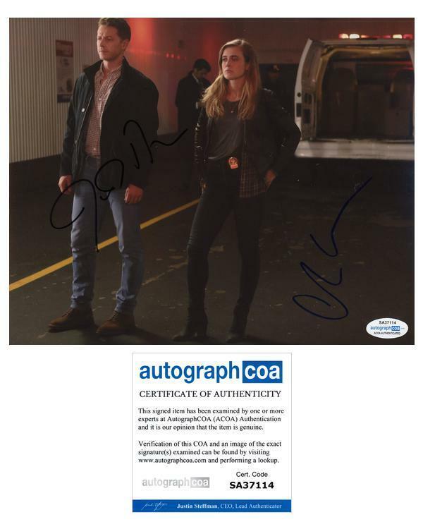 "Melissa Roxburgh & Josh Dallas ""Manifest"" AUTOGRAPHS Signed 8x10 Photo D ACOA"