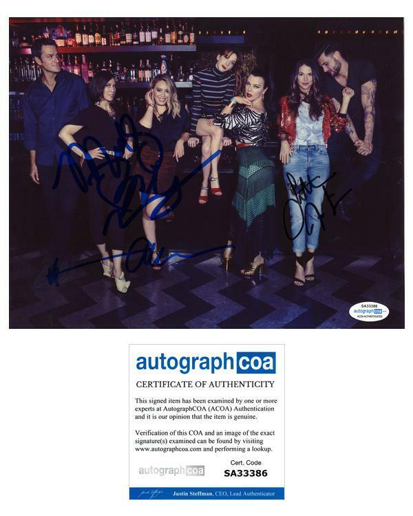 """Younger"" Cast AUTOGRAPHS Signed 8x10 Photo - Sutton Foster +4 ACOA"