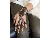 HENNA MEHNDI TATTOO ARTIST SERVICES AVAILABLE IN MANCHESTER
