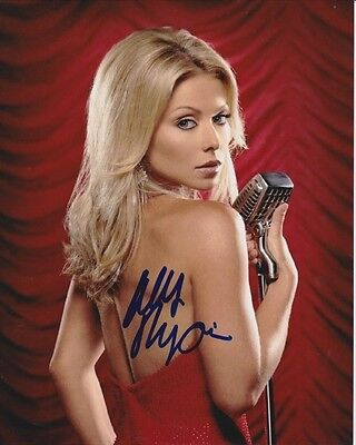 Kelly Ripa Signed Autographed Photo  1