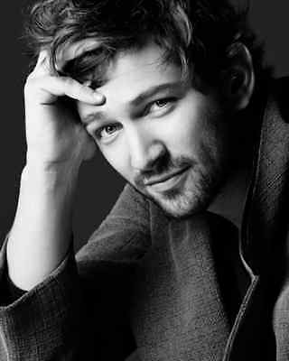 Michiel Huisman Actor Celebrity 1 new glossy color photo 8X10 picture 144