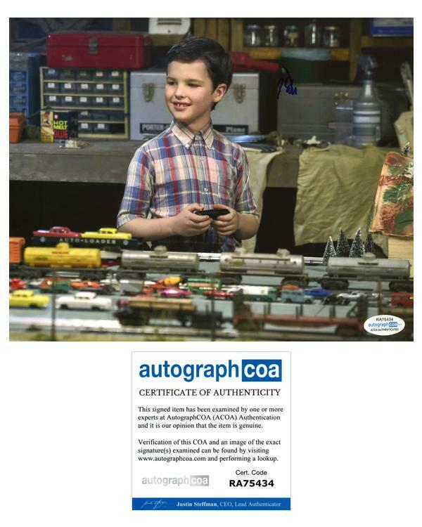 "Iain Armitage ""Young Sheldon"" AUTOGRAPH Signed 8x10 Photo B ACOA"