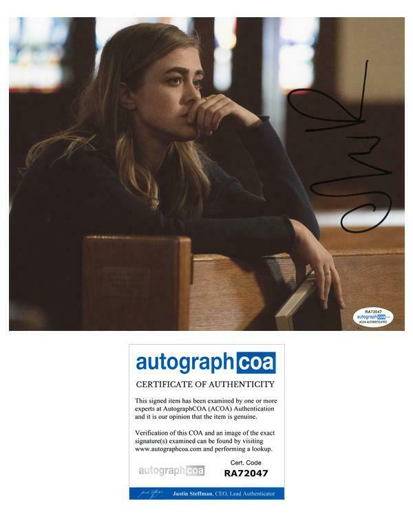 "Melissa Roxburgh ""Manifest"" AUTOGRAPH Signed 8x10 Photo C ACOA"