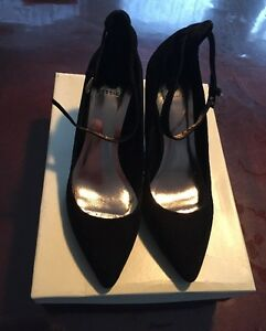 Jessica Women's Shoes Size 7