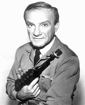 1965's LOST IN SPACE Jonathan Harris holds raygun b/w 8x10 portrait