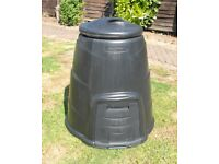 Blackwall compost bin. Used but in perfect condition.