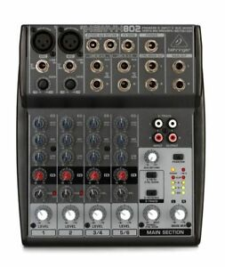 Console Behringer Xenyx 802