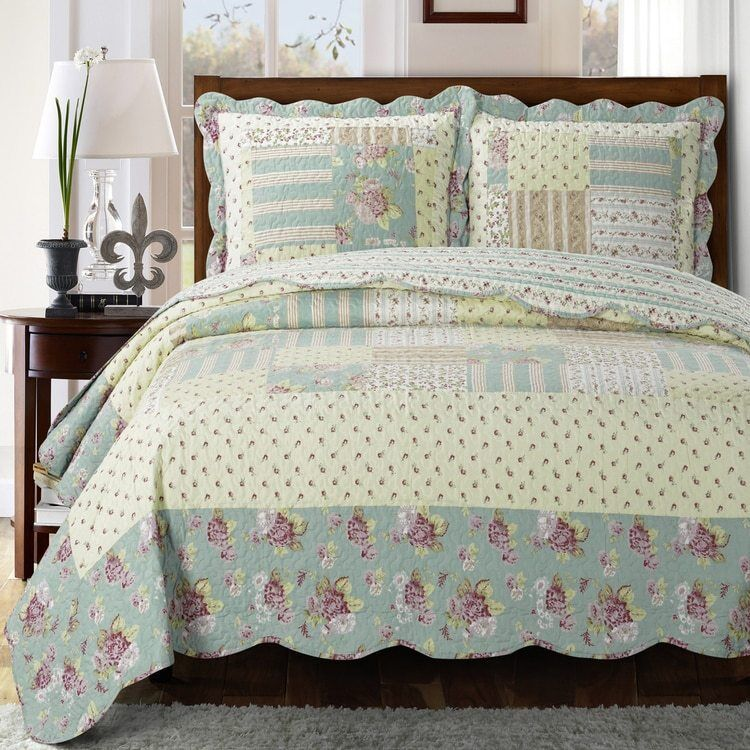Welcoming Floral Patchwork Annabel Sweet Home Quilted Coverl