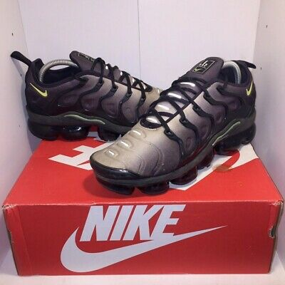 Nike air vapormax plus black white volt size uk 7.5 Rrp £170 9/10 condition