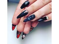PROMOTION UV GEL NAILS MANICURE PEDICURE EXTENSIONS HAND PAINTED DESIGNS SHELLAC SWAROVSKI CRYSTALS