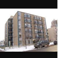 1 Bedroom Apartment Downtown Only $1050 Rent and $600 Deposit