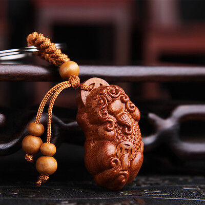 Pi Xiu Yao Foo Dog Dragon Wood Carving Chinese Pendant Key Chain Keyring Craft