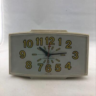 Retro Mid Century Modern General Electric White Kitchen Wall Clock Model 2190